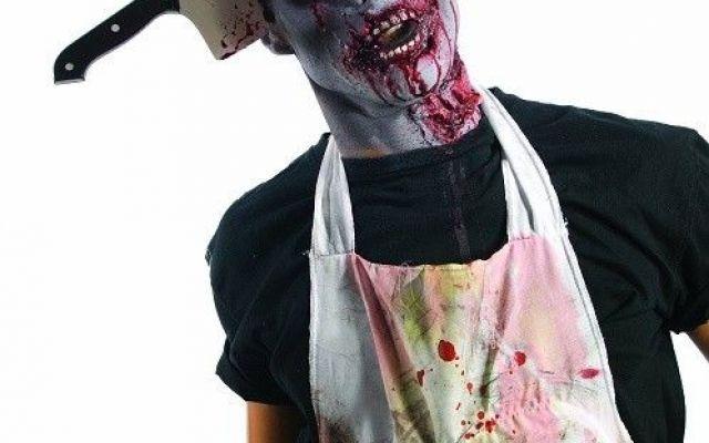 Halloween, scegliere il costume da uomo Oggi dedichiamo questo articolo ai maschietti. Costumi e trucco zombie che rasentano la perfezione cinematografica. Divertitevi a scegliere tra soluzioni classiche e quelle più originali. Per i cost #halloween #trucchihalloween #costumi