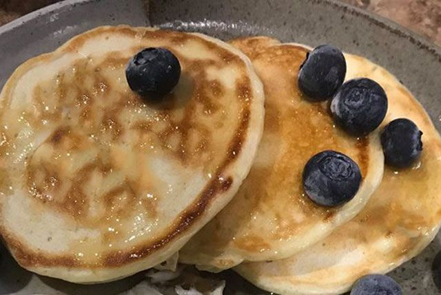 Pancakes légers au Yaourt à 1 SP - Plat et Recette -   Recette, Pancakes  ww, Pancakes leger