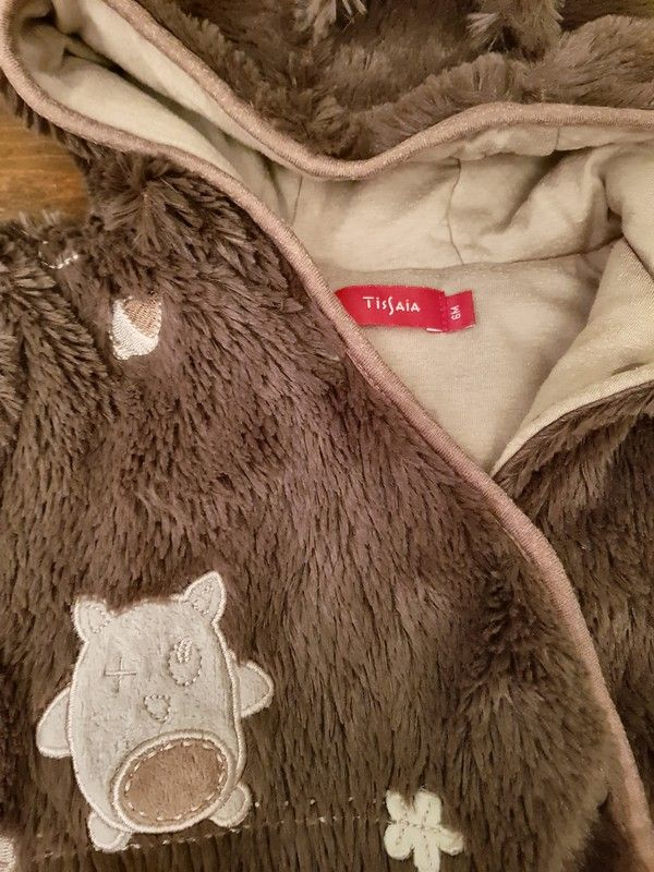 94d370c0deb3 Combinaison Tissaïa pelucheuse 6 mois   Dressing Vinted   Pinterest