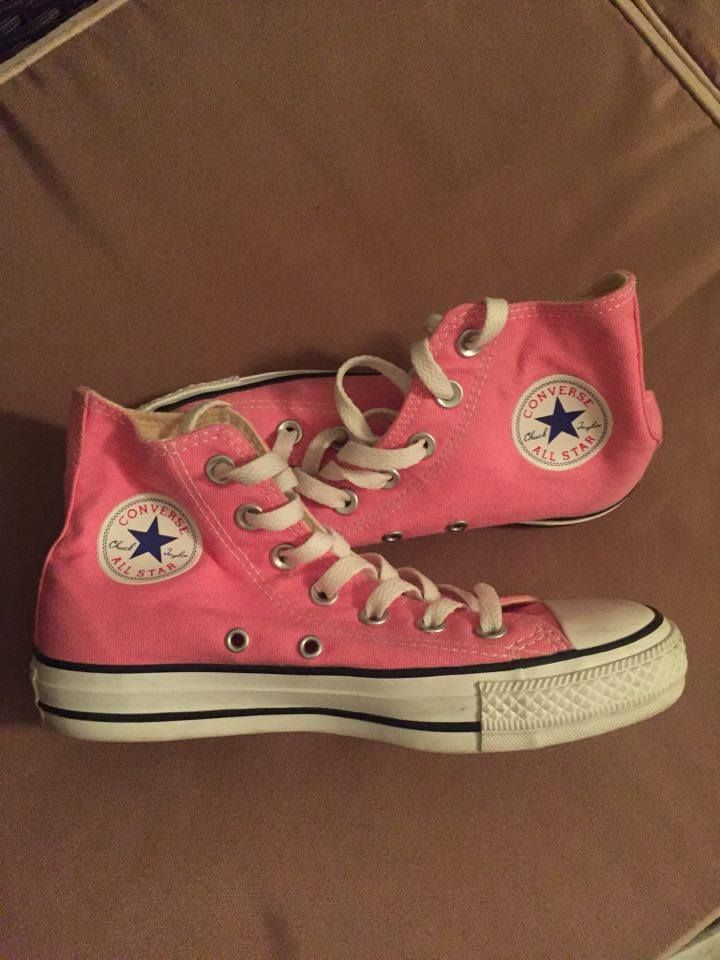 Converse skor i väldigt bra skick | Firstlook Kläder, Skor och Accessoarer