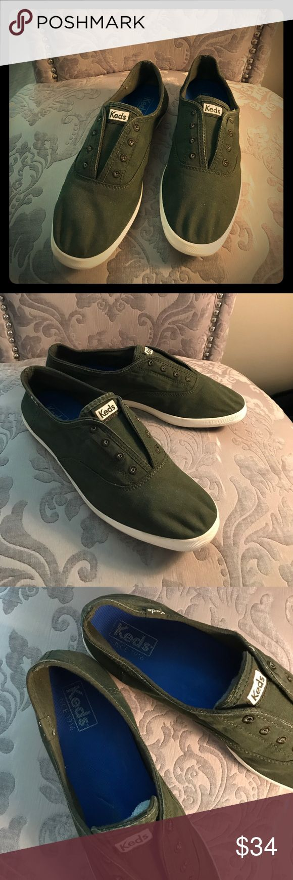 Keds Chillax Slip Ons in Forest Green Brand Keds. Size 10 (M). Worn once. Smoke free home. Keds Shoes Flats & Loafers