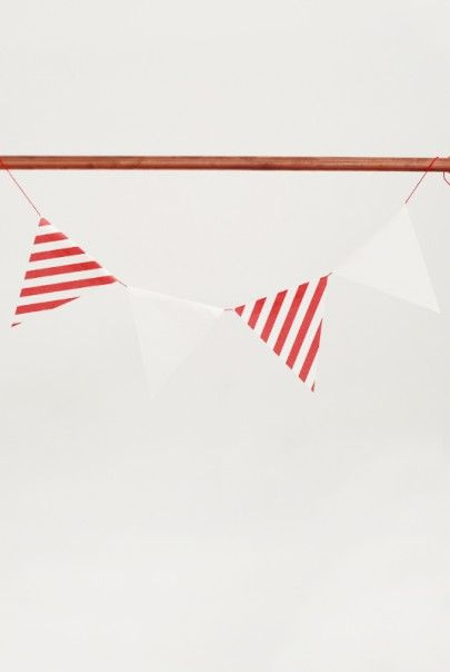 O-CHECK - Christmas Bunting - Red Available from NoteMaker.com.au
