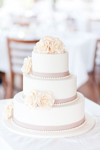 #Wedding #Cake in dusty #pink and #cream