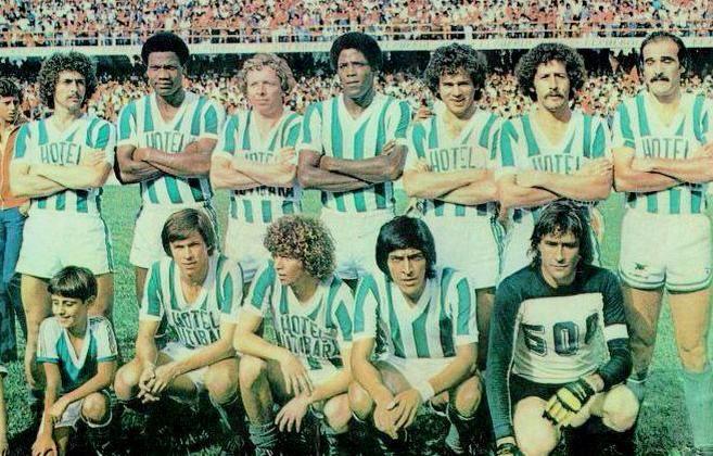 Atletico Nacional 1978. Arriba Sarmiento, La Rosa , Moncada, Maturana, Herrera, Peláez y Candau