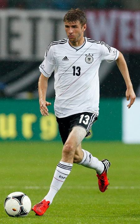Heisse Fussballer EM 2012 Thomas Mueller (he was a part of exchange program in St Charles as a teen)