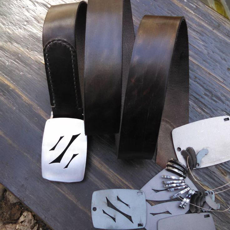 """A better view of the color. We have blanks for the initial buckle pattern and blank in 1.25"""" and 1.5"""" buckles.  Enquiries to mike@niskoleather.com  #belts #mensaccessories  #mensfashion #buckles #leathergoods #metalwork #horsehide #horween #madetolast #madeinminnesota #usa #minneapolis"""