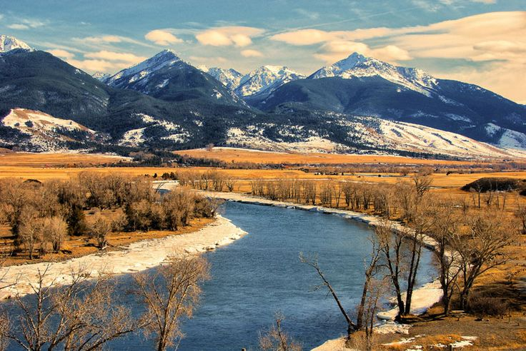 Top scenic drives around Yellowstone National Park - travel tips and articles - Lonely Planet