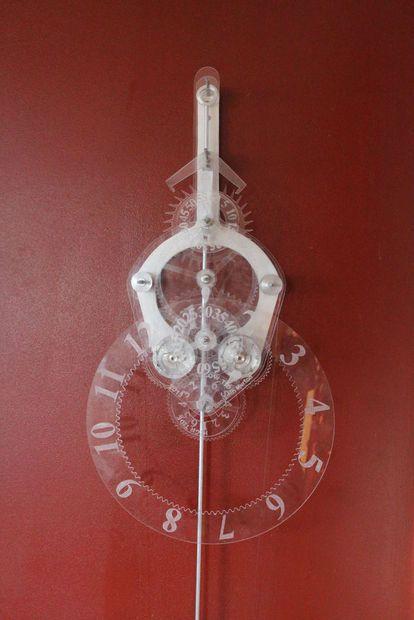 Acrylic Skeleton Clock #pendulum #mechanical #CAD