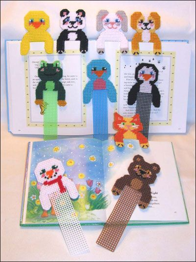 Plastic Canvas - Bookmark Patterns - Hug-a-Buddy Bookmarks