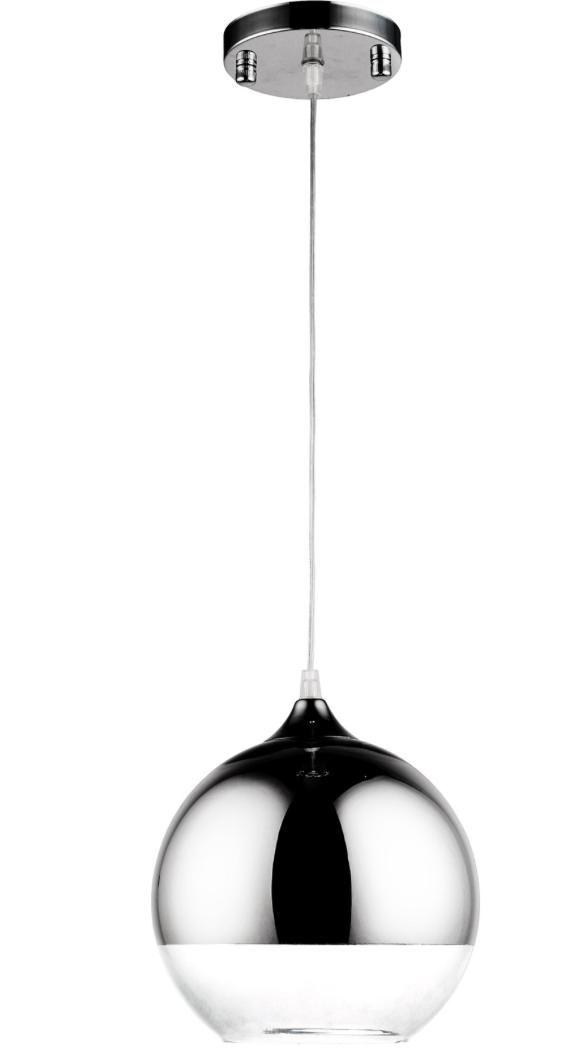 Cette lampe de grande qualité de 25 centimètres de diamètre est en métal chromé et en verre, elle améliorera sans aucun doute l'apparence de toute pièce. Elle est parfaite pour apporter lumière et modernité à votre décoration intérieure.   Abat-jourVerre, Métal AmpouleE14 1*40W Abat-jour H 25 x D 25 cm Rosace D 10 cm Câble Longueur 250 cm