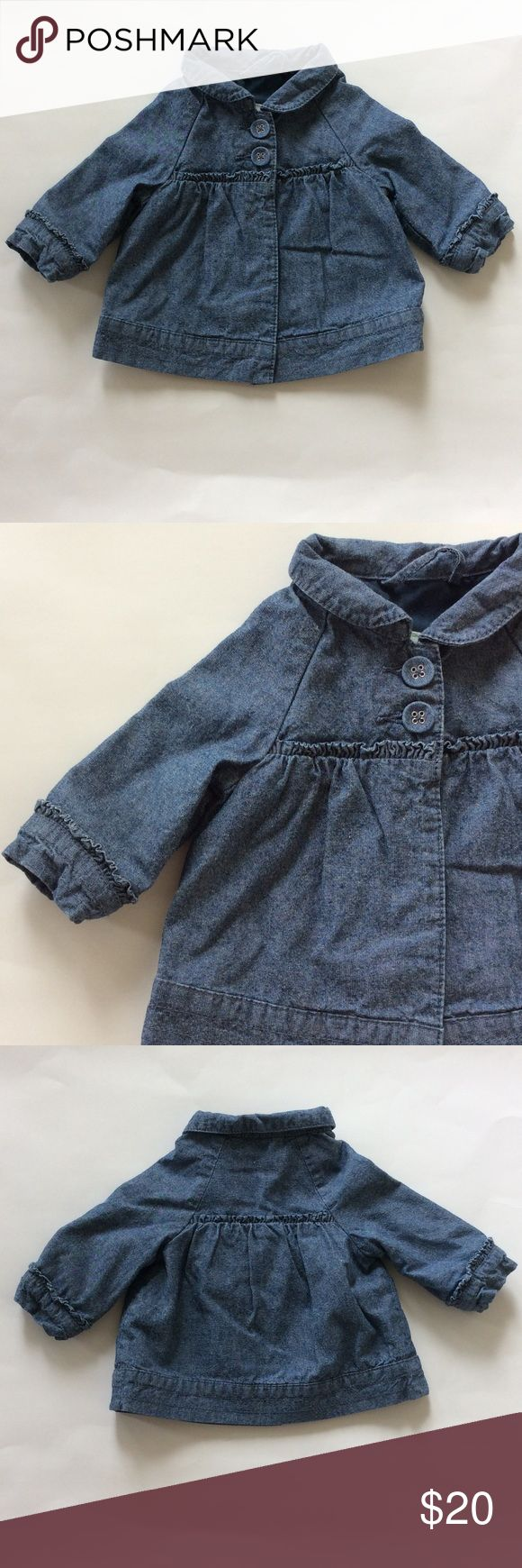 Benetton Baby jacket Benetton Baby jacket. Super cute for your little one Blue with gorgeous detailing. 2 buttons in front. Long sleeves. Lined. 100% cotton. Size 1-3 mths. Excellent condition. Benetton Baby Jackets & Coats