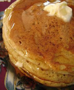 Single Serving Pancakes - Just enough for one. Only 300 calories for the whole recipe!
