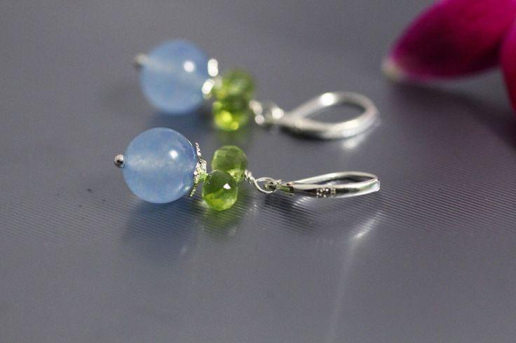 Genuino calcedonio blu aqua verde peridoto romantico orecchini, monachelle in argento sterling gioielli italiani di AuroraFashionJewelry su Etsy https://www.etsy.com/it/listing/467621393/genuino-calcedonio-blu-aqua-verde
