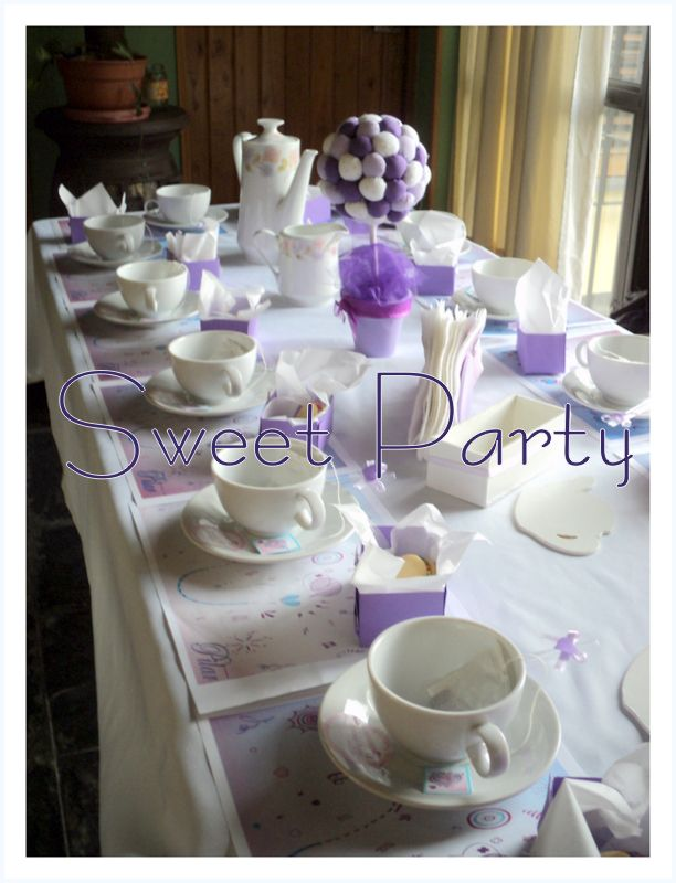 Mesa de Té para nenas! temático de Violetta de Disney !
