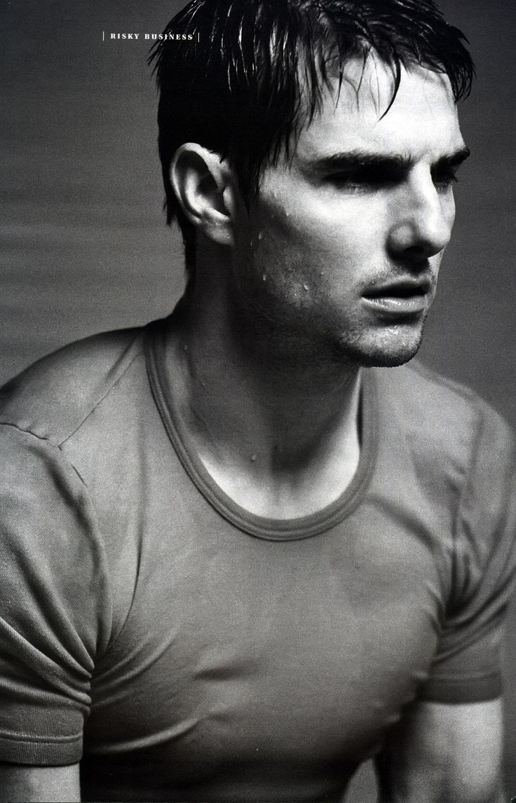 Tom Cruise- wet T-shirts are not only for the ladies