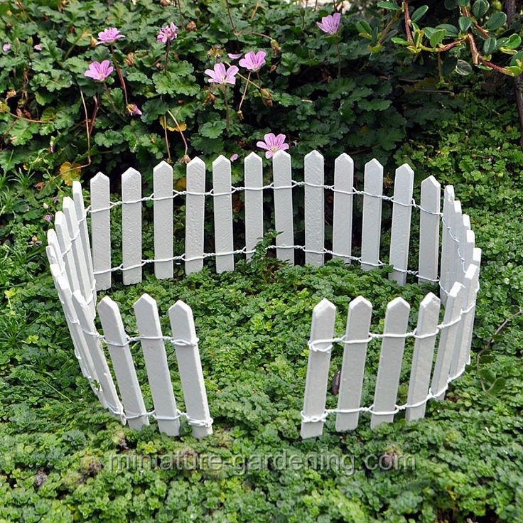images about Mini Garden Fences on Pinterest