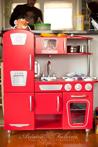 Best 25 Kidkraft Retro Kitchen Ideas On Pinterest Kidcraft And Toddler