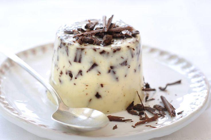 Straciatella panna cotta - Recept - Allerhande