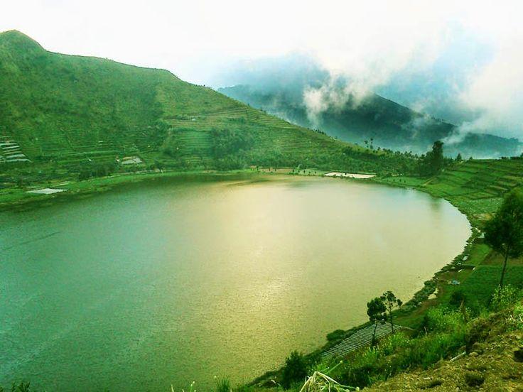 Merdada Lake at Dieng Plateau - Image: belantaraindonesia.org
