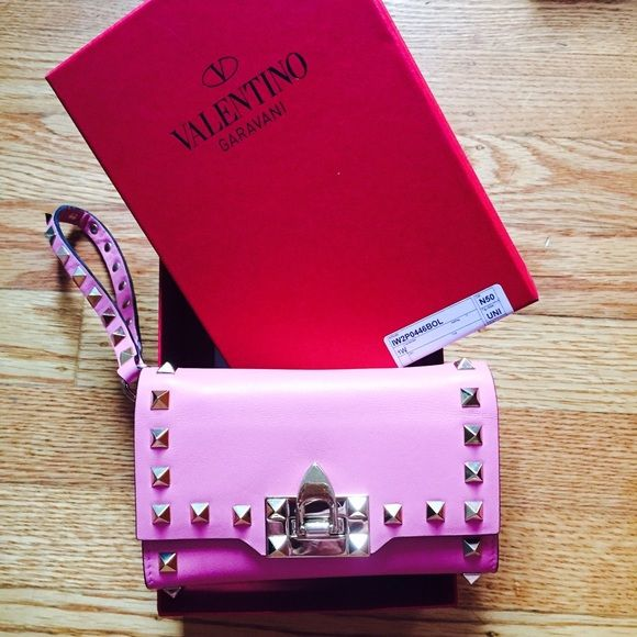 authentic Valentino wallet limited edition It's new, 100% authentic,pink color,with original box and tag, made in Italy, plus tax total $980 Valentino Bags Wallets