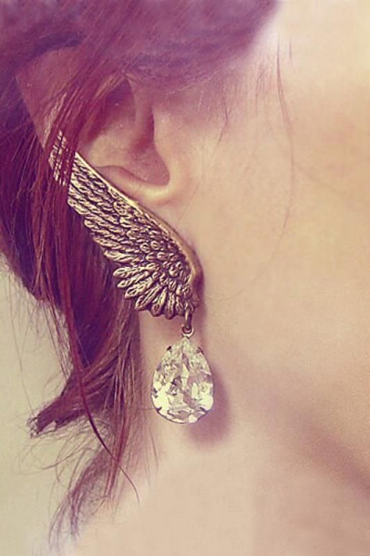 Retro Bronze Wing Shaped Ear Clips