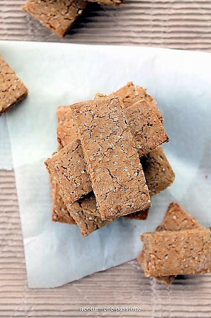 Biscotti con farina di castagne e riso