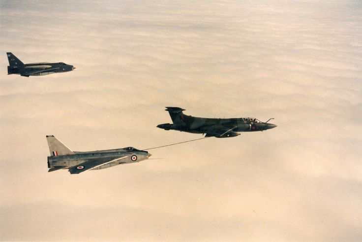 BAe Lightning F.3A, XP693 refuelling from Buccaneer plus 11 Sqn Lightning; photo | eBay