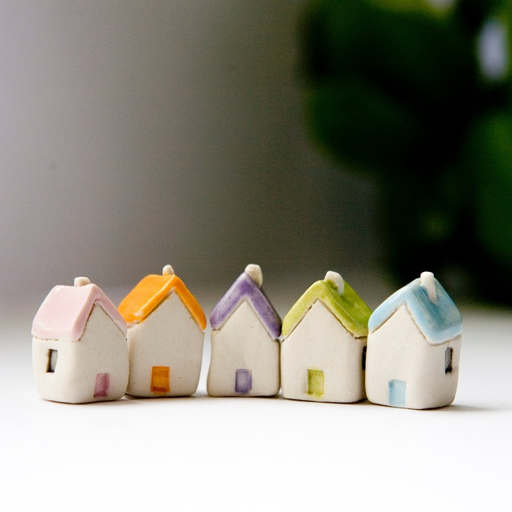 Miniature clay houses