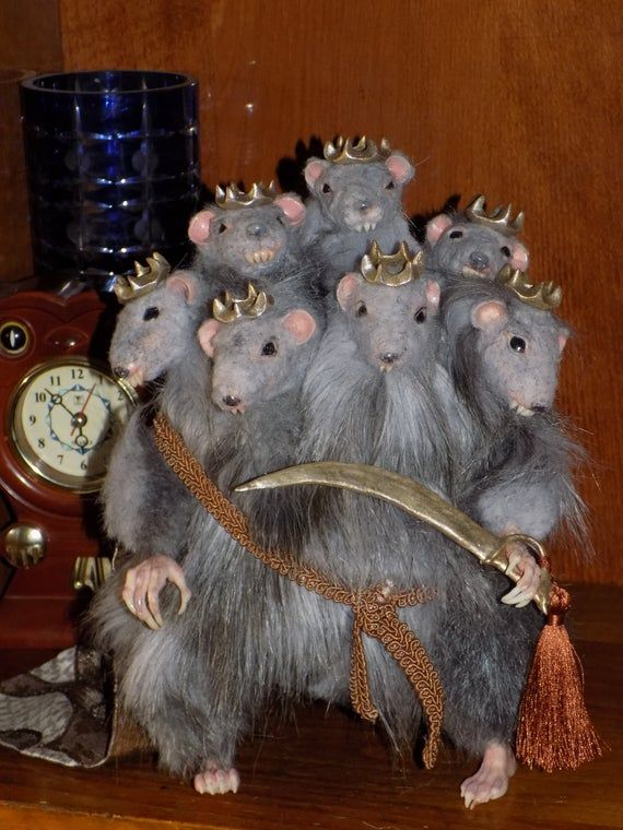 Seven Heads Rat King Mouse King From Nutcracker Made To Etsy Mouse King Rat King Etsy