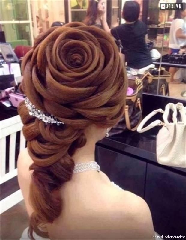 19 Of The Most Stunning Hair Styles Ever Created