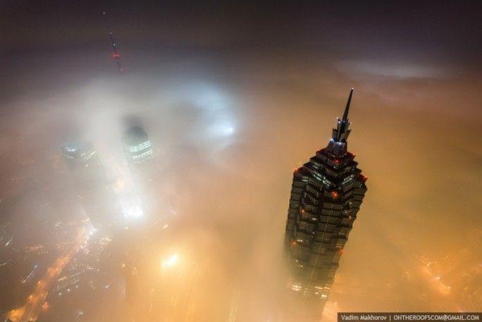 escalade de la grue de la tour de shanghai 11   Escalade de la grue de la tour de Shanghai [video]   video Vadim Makharov tour Shanghai Rita...