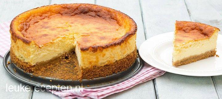 Lekker voor bij de koffie of als dessert; traditionele Amerikaanse cheesecake met krokante bodem