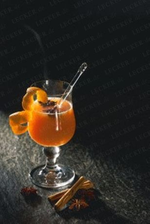 Das Rezept für Heißer Orangen-Punsch und weitere kostenlose Rezepte auf LECKER.de