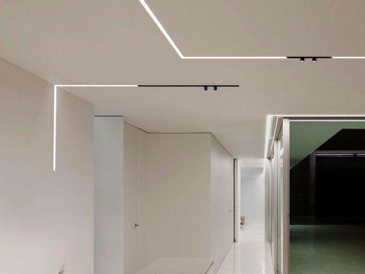 1000 id es propos de led encastrable sur pinterest clairage de salle de bain moderne. Black Bedroom Furniture Sets. Home Design Ideas