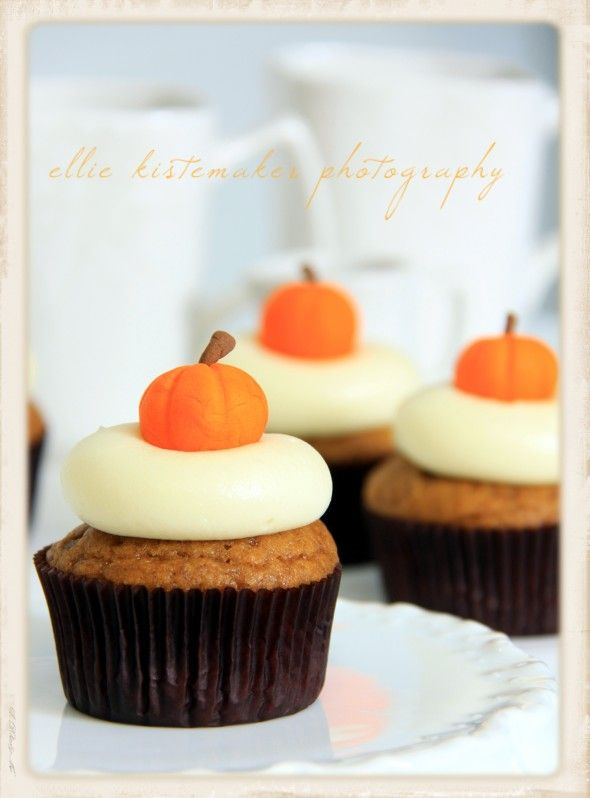 "Pumpkin cupcakes with maple cream cheese frosting & fondant pumpkins {recipe and tutorial}. ""Adapted from Ina Garten & Martha Stewart's pumpkin cupcakes....delish!"