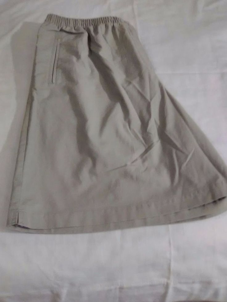 Karen Scott Sport Woman Beige shorts size 1X Great Condition  #KarenScott #CasualShorts