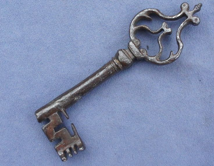 Very RARE Wrought Iron Gothic 15th Century Key - stephen wilson - 81 Best Key Keeper Images On Pinterest Antique Keys, Old Keys And