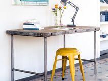 Industrieller Schreibtisch