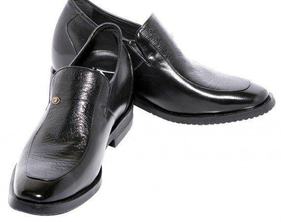 Wahai Kaum Pria, Mana Sepatu yang Tepat Untukmu?