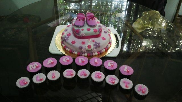 Torta de Baby Shower con Cupcakes