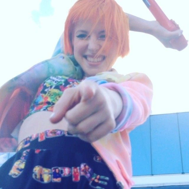 Hayley Williams - Paramore this is probably one of my favorite pictures ever