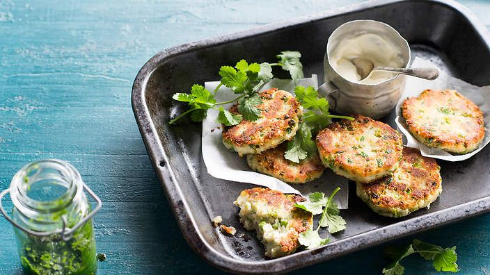 Spiced Indian potato and pea fritters (rotlo) recipe : SBS Food