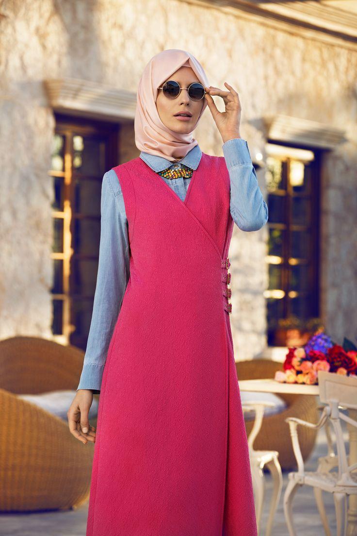 Nihan fuşya yelek  #Nihantakım #yelek #tunik #kap #elbise #ferace #pardesü #etesettur #etesetturcom #hijabfashion #hijab #hijabstyle