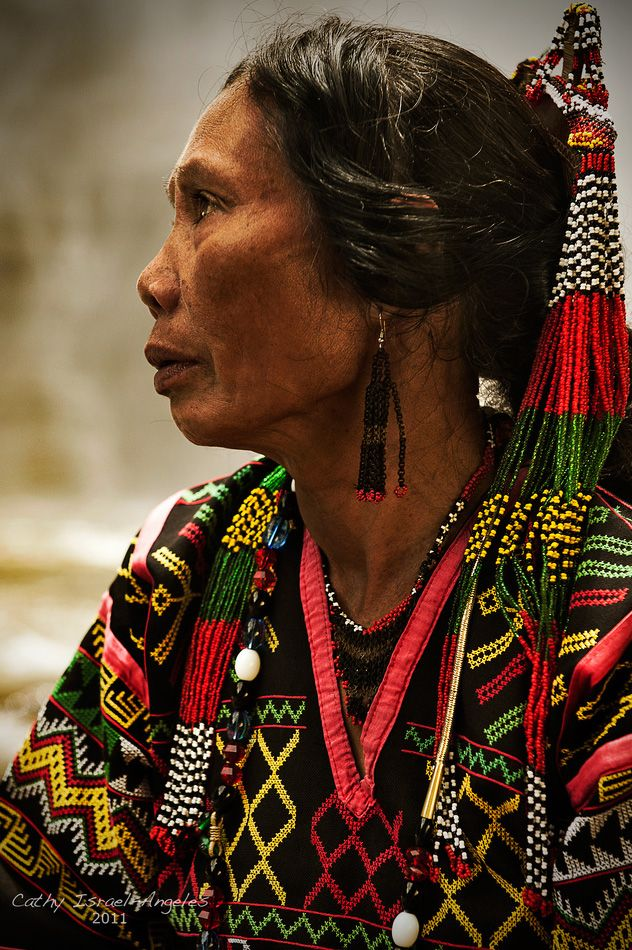 Philippines   T'boli woman. South Catabato. Mindanao   ©Catherine Israel-Angeles. No matter the ethnicity, all of us are human; all of us are actually members of the same race, biologically. What an amazing display of faces the world of mankind presents!
