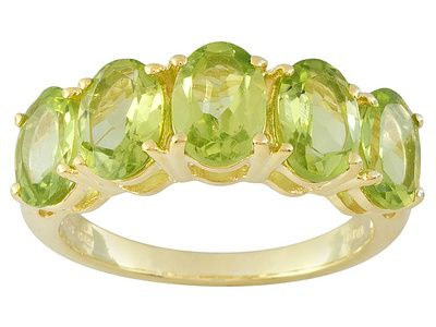 Stratify(Tm) 4.45ctw Qinpei Peridot(Tm) 18k Yellow Gold Over Sterling Silver 5-stone Ring Web Only