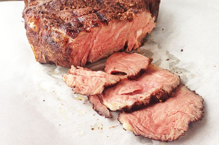This delicious, melt-in-your mouth sous vide chuck roast tastes just like prime rib — at a fraction of the cost. Use a DIY sous vide setup or a sous vide machine.