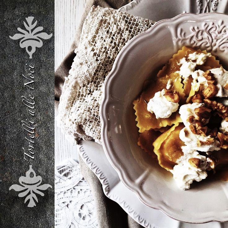Tortelli di patate fresca ripieni di patate con noci e ricotta