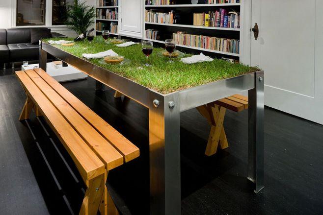 Yaratıcı Masa Tasarımları - Eğer olağan dışı şeyler veya yaratıcı ve benzersiz şeyleri seviyorsanız, tasarımcıların bu yaratıcı masa tasarımlarından ilham alabilirsiniz. Yeni yöntem ve malzemeler kullanılarak endüstriyel mobilya tasarımlarının sınırlarını aşarak sadece orijinal olmanın ötesine giden tasarımlar: