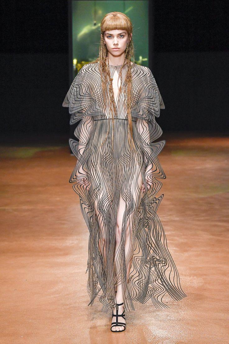 Suzy Menkes at haute couture autumn/winter '17/'18: day two - Vogue Australia