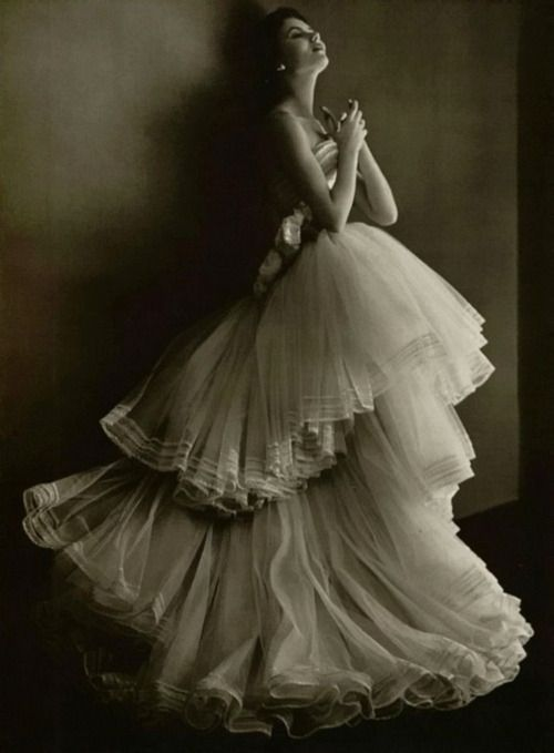 christian dior, 1950. photo by phillippe pottier.